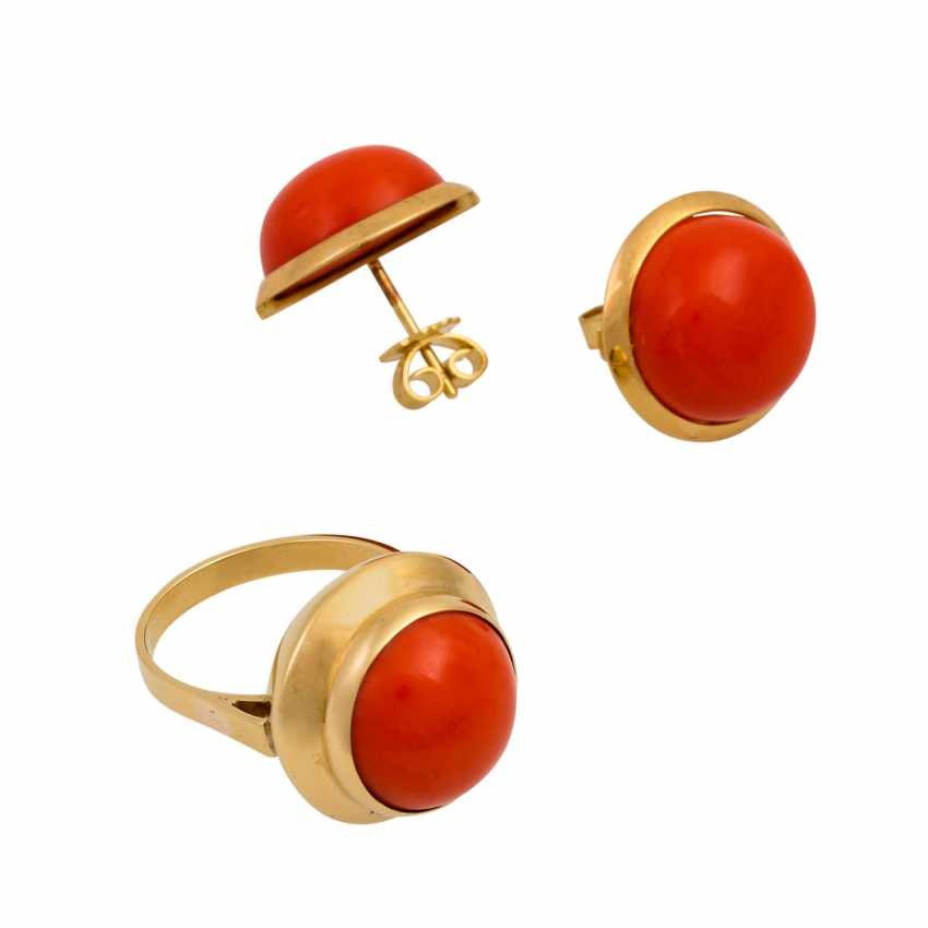 Set of ring and earrings with precious coral, - photo 1