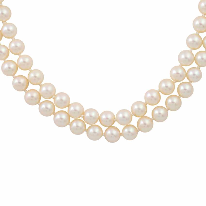 Double-row pearl necklace with sapphire-diamond clasp, - photo 2