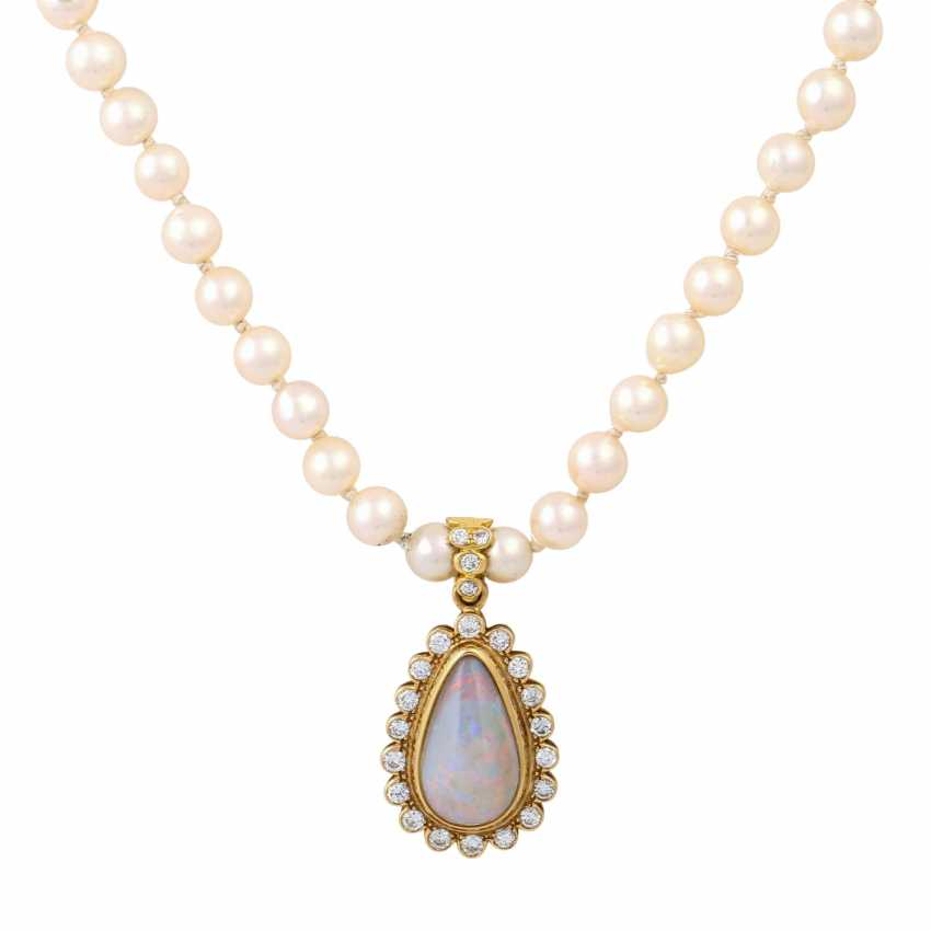 Necklace made of pearls with opal diamond clip pendants, - photo 2