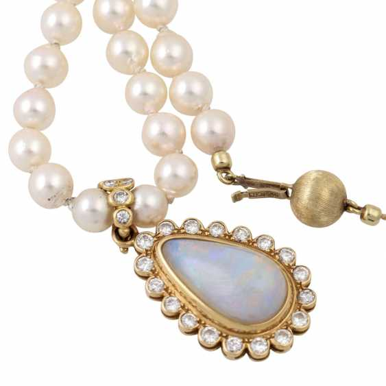 Necklace made of pearls with opal diamond clip pendants, - photo 5