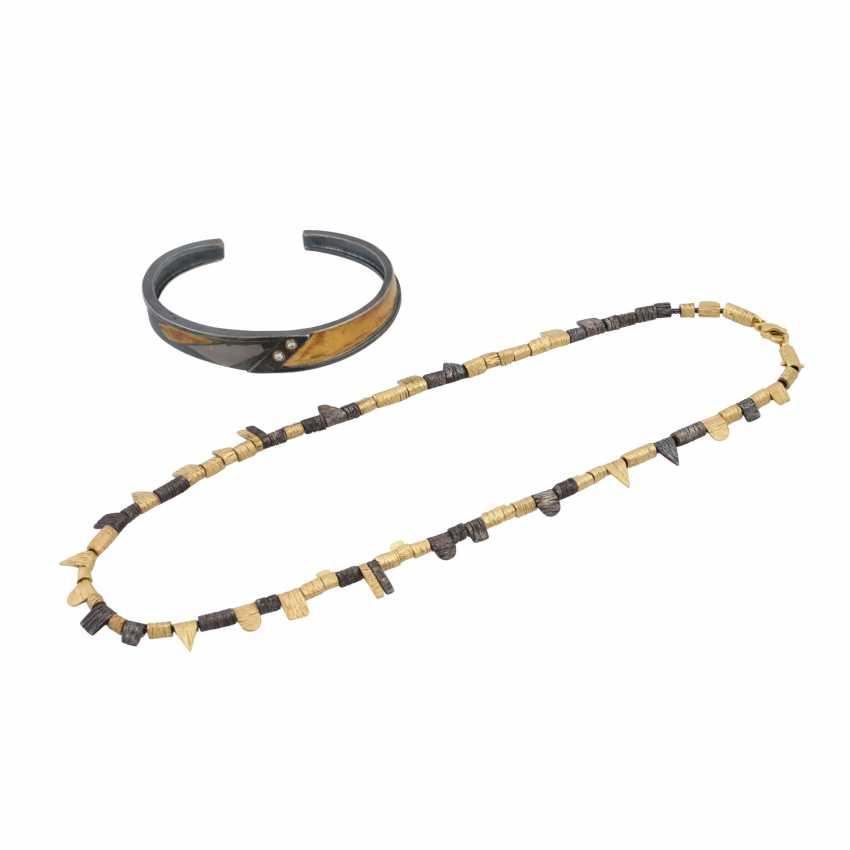 Jewelery bundle necklace and bracelet - photo 1