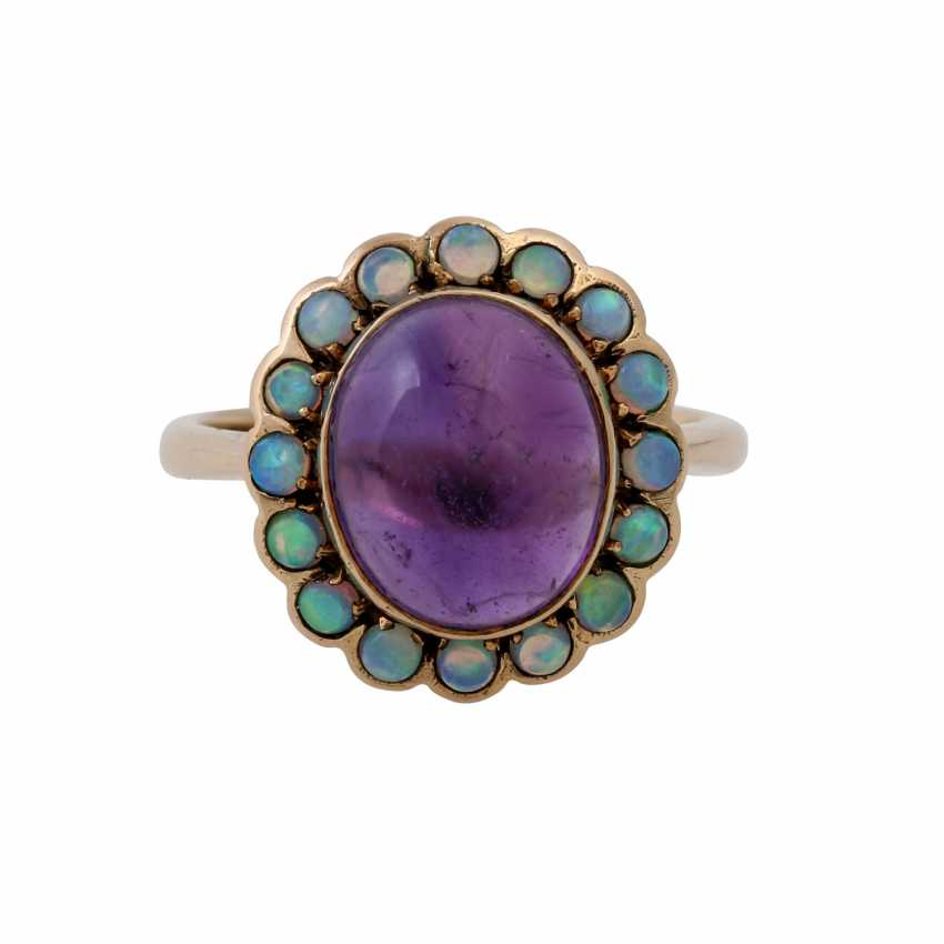 Ring with oval amethyst cabochon and small. Opals, - photo 2