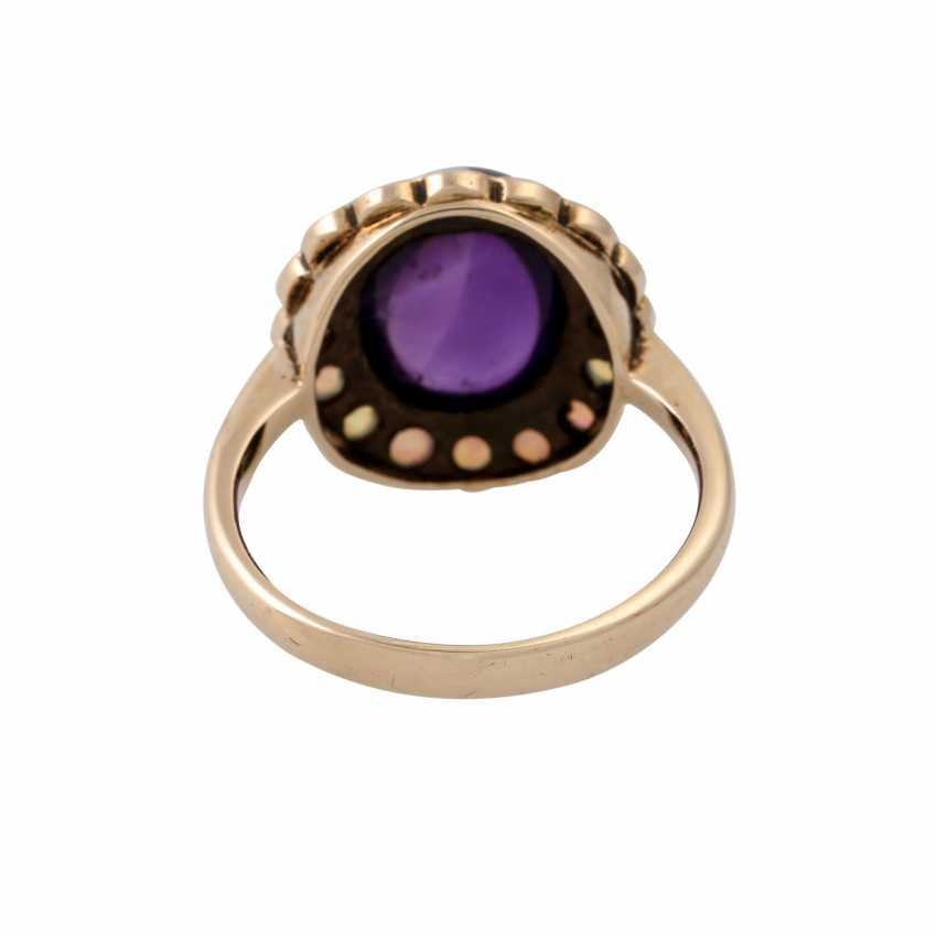 Ring with oval amethyst cabochon and small. Opals, - photo 4