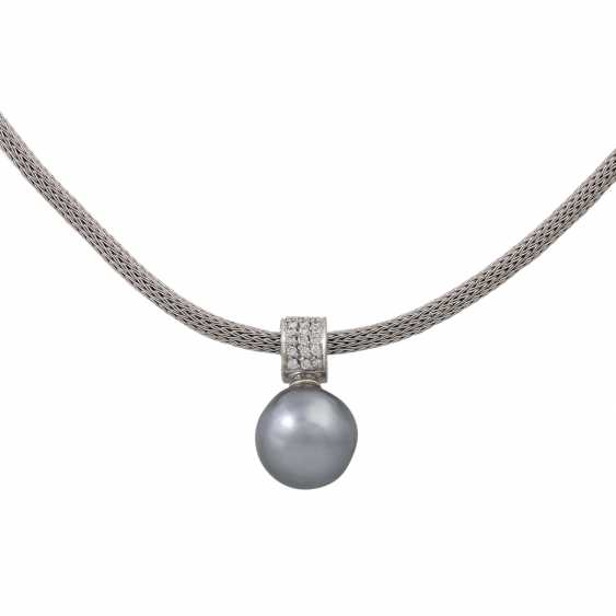 Collier with Tahitian pearl and diamonds, together approx. 0.33 ct (hallmarked), - photo 2