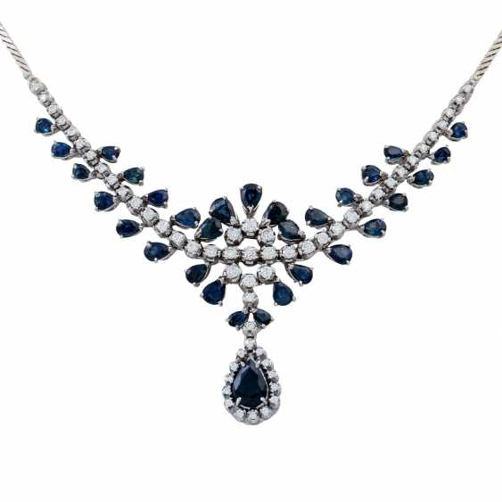 Collier with teardrop-shaped sapphires together approx. 5.0 ct and brilliant-cut diamonds approx. 1.5 ct, - photo 2