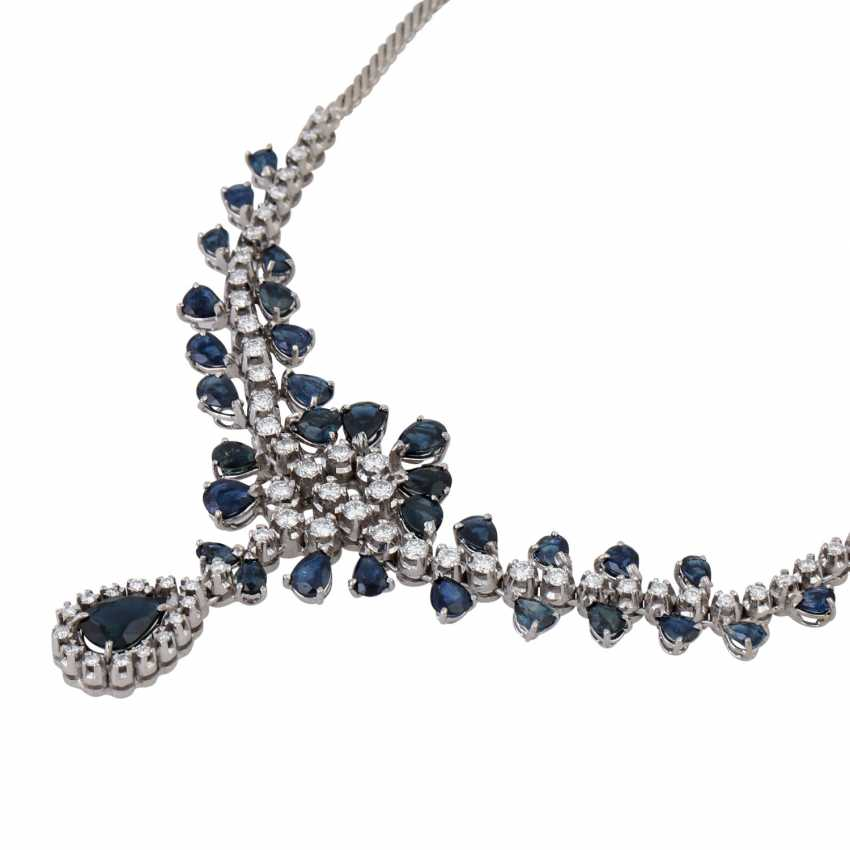 Collier with teardrop-shaped sapphires together approx. 5.0 ct and brilliant-cut diamonds approx. 1.5 ct, - photo 3