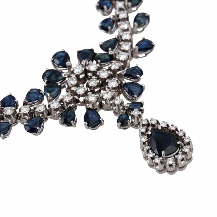 Collier with teardrop-shaped sapphires together approx. 5.0 ct and brilliant-cut diamonds approx. 1.5 ct, - photo 4