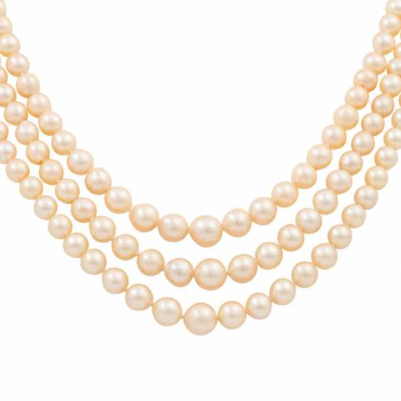 Akoya pearl necklace in the course, 3 rows, - photo 2
