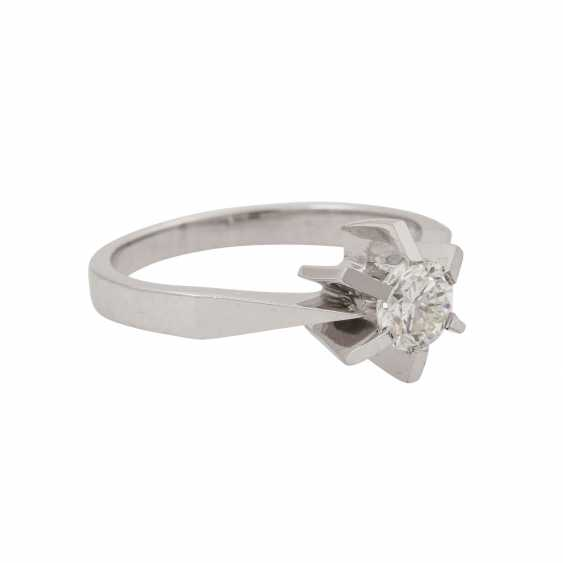 Ring with brilliant approx. 0.51 ct (engraved), - photo 1