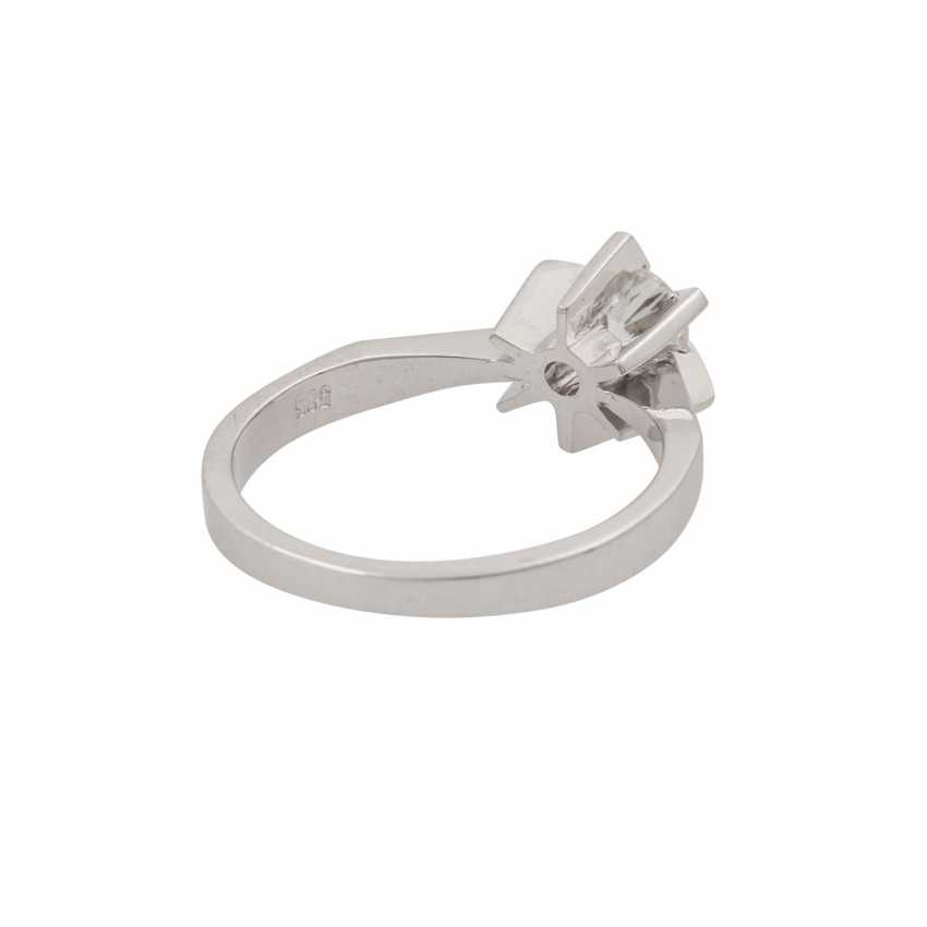 Ring with brilliant approx. 0.51 ct (engraved), - photo 3