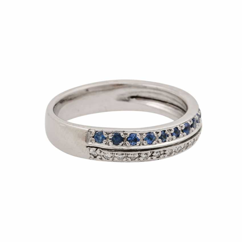 Ring with sapphires and diamonds - photo 1