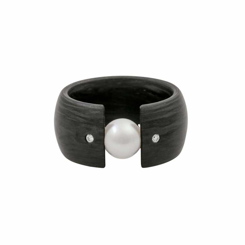 Ring with cultured pearl and small diamonds - photo 2