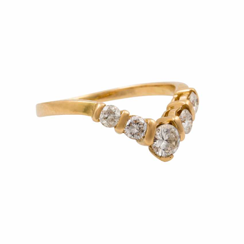 Ring with 5 brilliant-cut diamonds, together approx. 0.35 ct (hallmarked), - photo 1