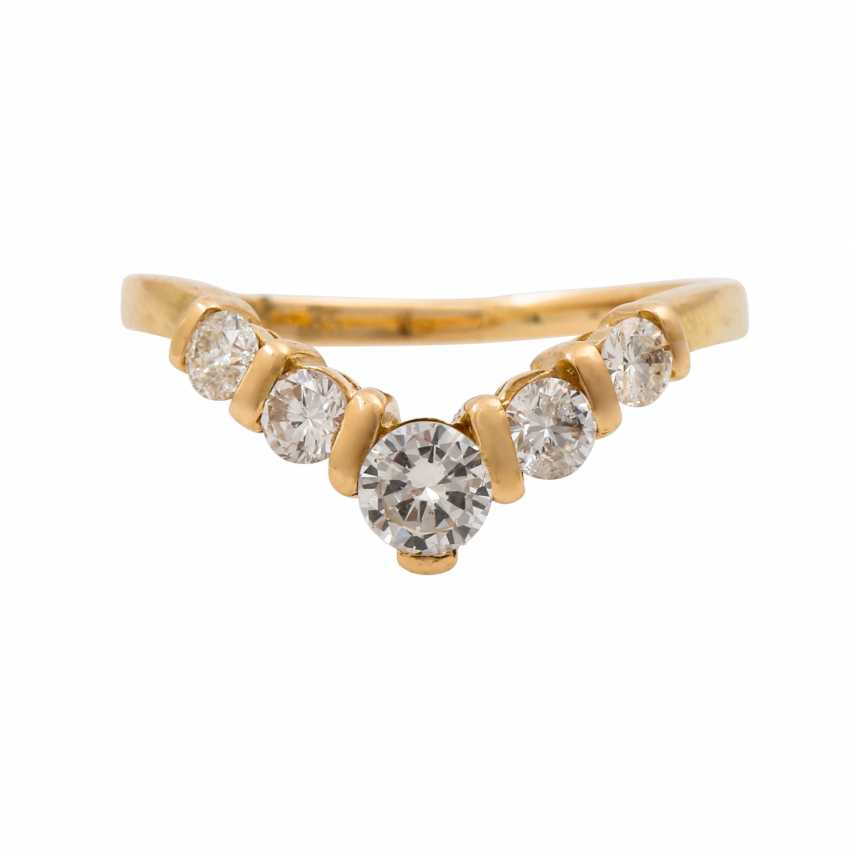 Ring with 5 brilliant-cut diamonds, together approx. 0.35 ct (hallmarked), - photo 2