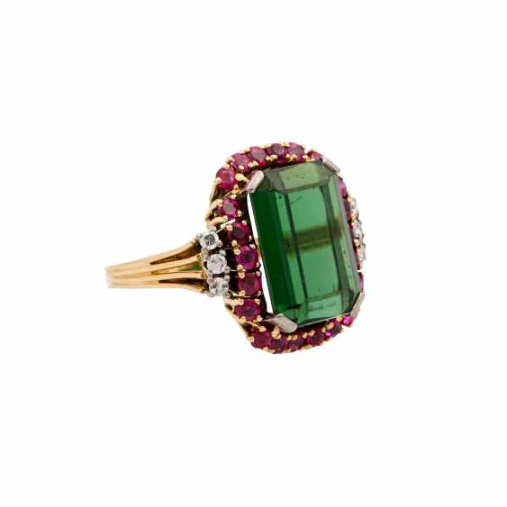 SCHILLING ring with green tourmaline, rubies and octagonal diamonds, - photo 1
