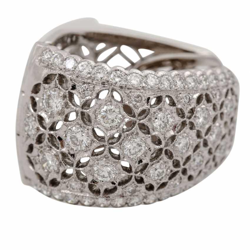 Hoop earrings with diamonds of 1.26 ct each (hallmarked), - photo 5