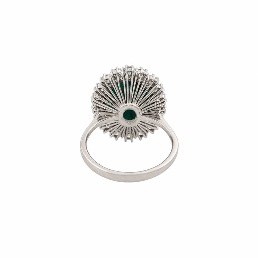 Ring with oval turquoise entoured with diamonds totaling approx. 1.2 ct, - photo 4