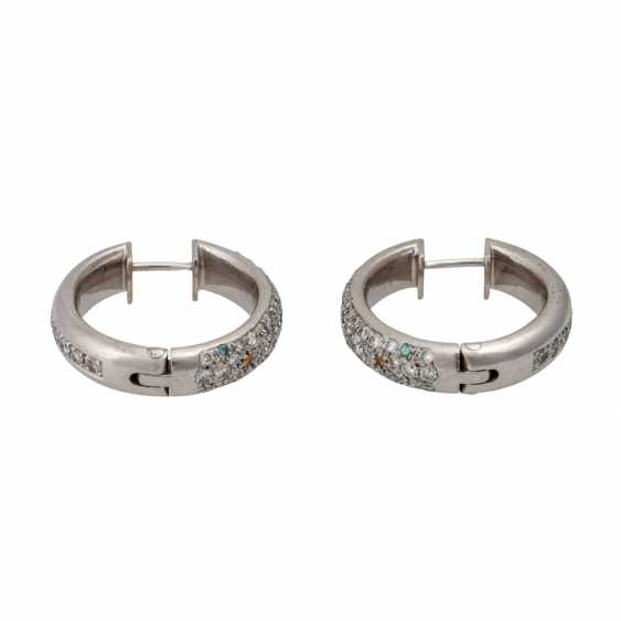 Pair of hoop earrings with numerous diamonds - photo 2