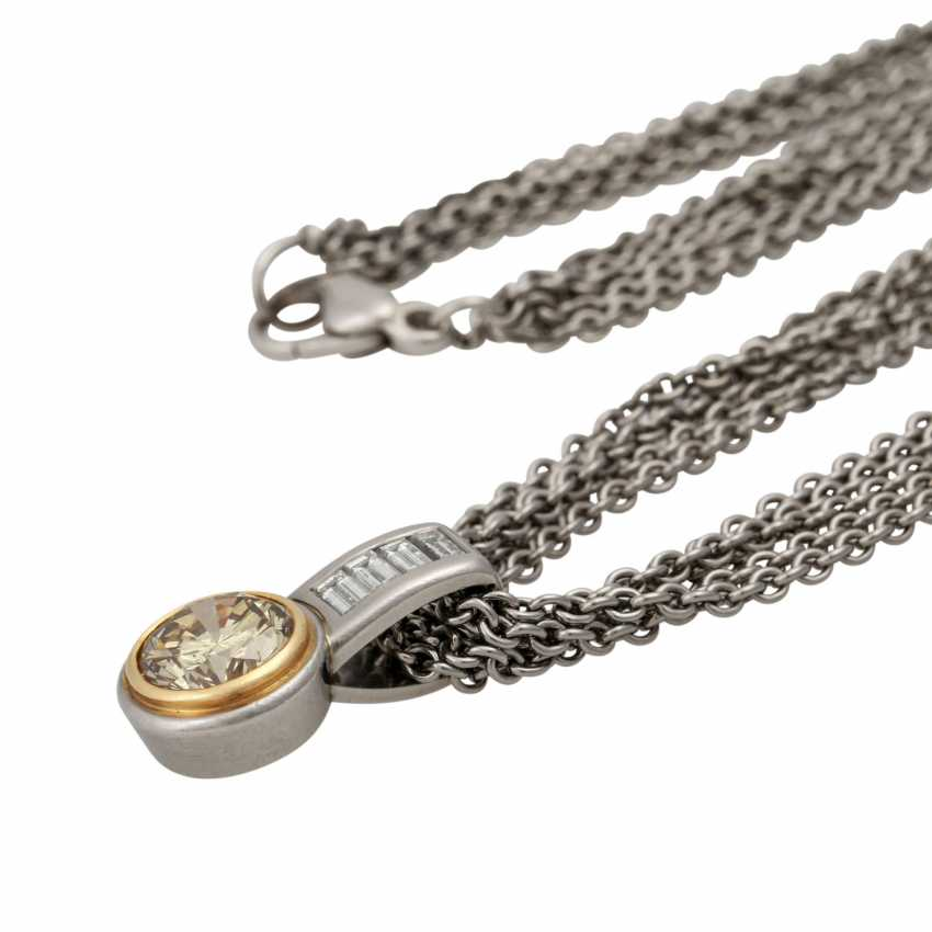 Chain and pendant with diamond approx. 3 ct, - photo 4