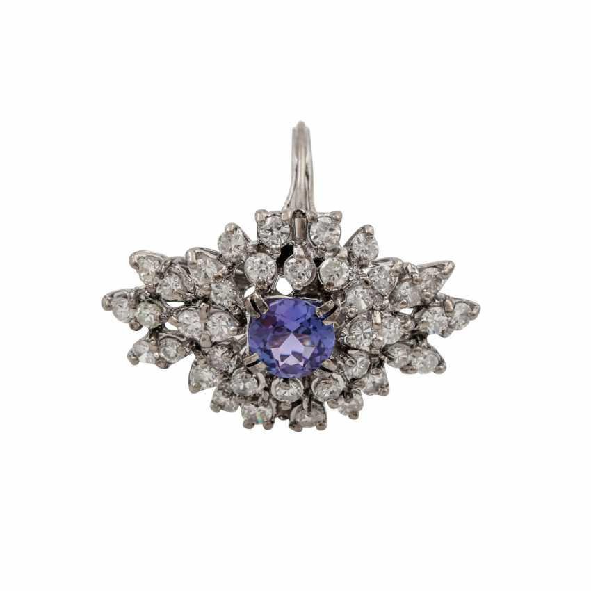 Ring with tanzanite and diamonds totaling approx. 1.2 ct, - photo 1