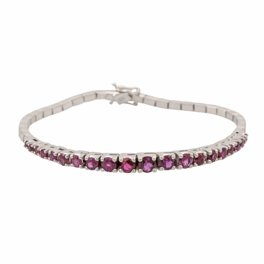 Bracelet with rubies of approx. 3 ct in the course of the size, - photo 1