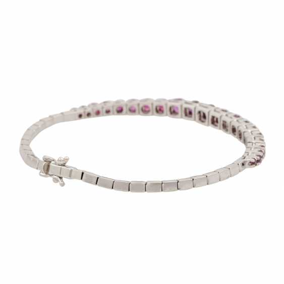 Bracelet with rubies of approx. 3 ct in the course of the size, - photo 3