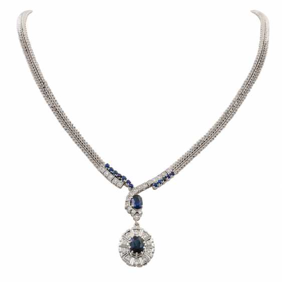 Collier with sapphires and diamonds totaling approx. 1.4 ct, - photo 1