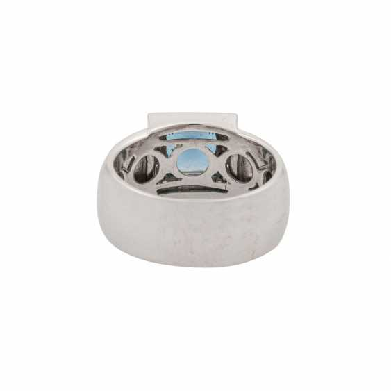 Ring with blue topaz in a square star cut approx. 3.5 ct - photo 4