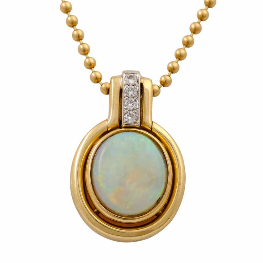 Pendant with opal and 4 diamonds, together approx. 0.04 ct, - photo 4