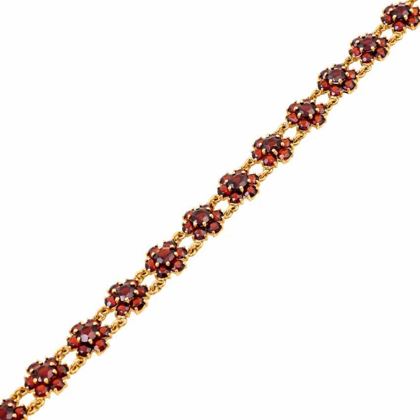 Bracelet with garnet in flower shape, - photo 4
