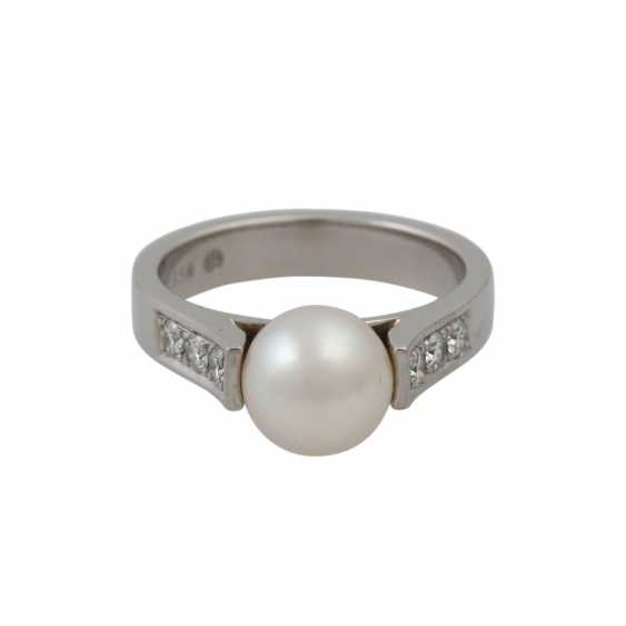 Ring with Akoya pearl and diamonds - photo 2