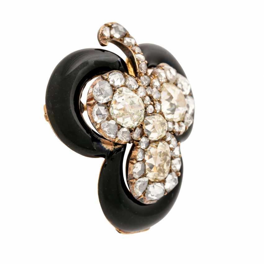 "Brooch ""shamrock"" made of diamonds framed by black enamel, - photo 2"