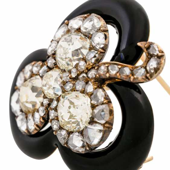 "Brooch ""shamrock"" made of diamonds framed by black enamel, - photo 5"