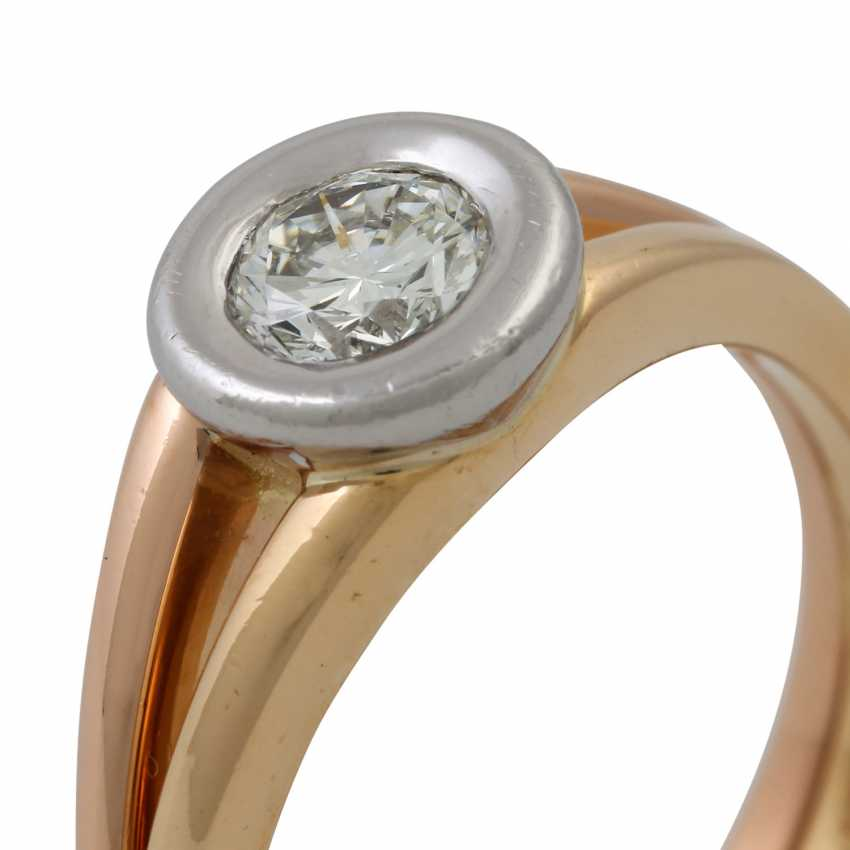 Solitaire ring with a diamond of approx. 0.5 ct (stamped), - photo 5