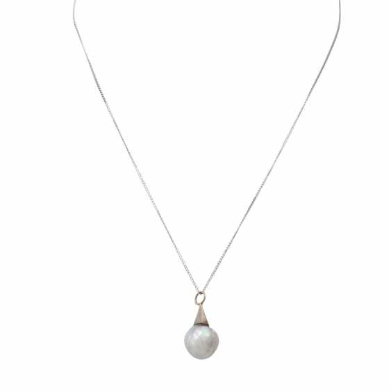 Pendant with baroque cultured pearl - photo 1