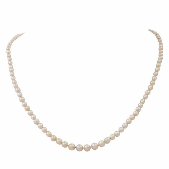 Pearl necklace made of oriental pearls in the size progression - photo 1