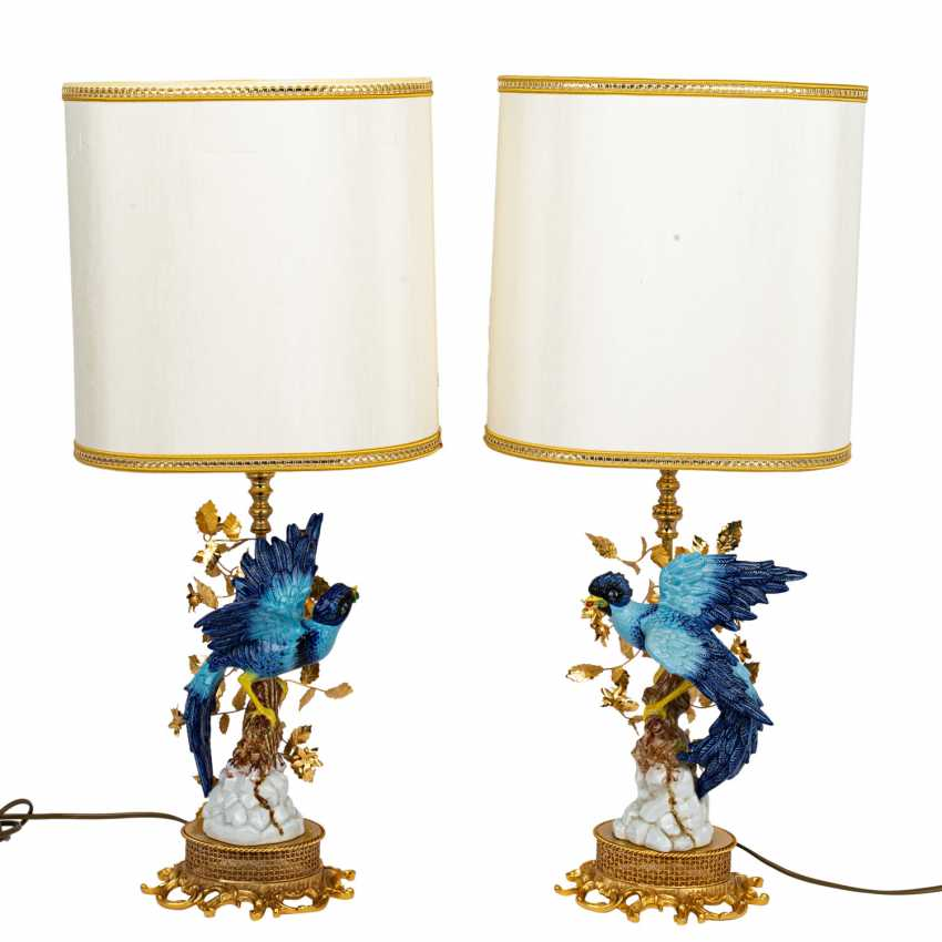 ITALY Pair of table lamps with bird figures, 20th century - photo 1