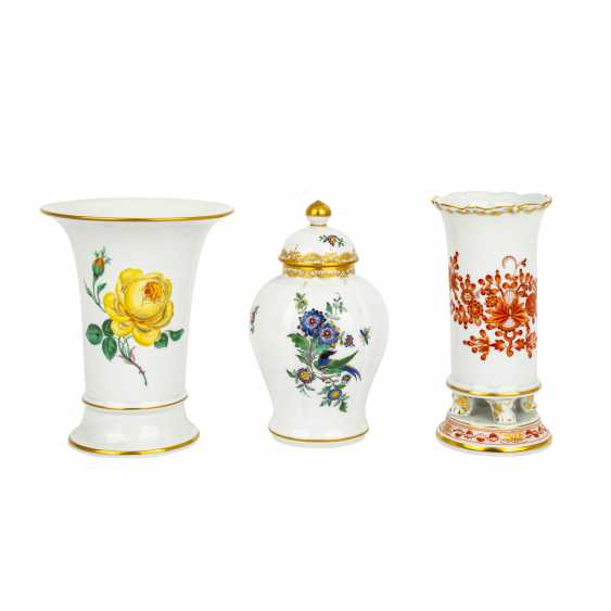MEISSEN 2 vases and 1 lidded vase, 1st and 4th choice, 20th century: - photo 1