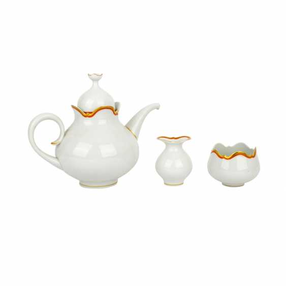 MEISSEN tea service for 6 people 'Large cutout edge with gold and iron red', 2nd choice, 20th century - photo 3