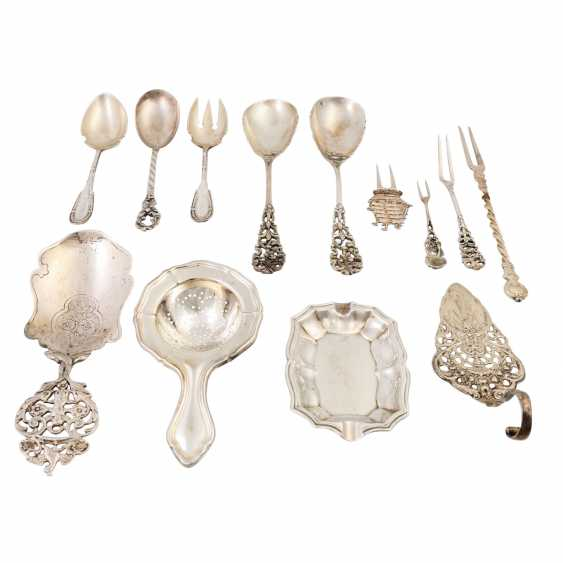Mixed lot of approx. 27 pieces, mainly serving pieces, silver / silver-plated, 19./20. Century: - photo 2