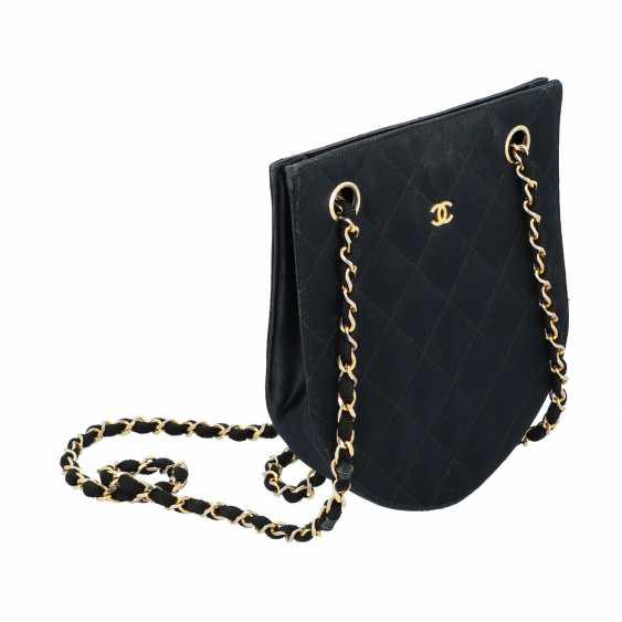 CHANEL VINTAGE shoulder bag, collection 1986-1988. - photo 2