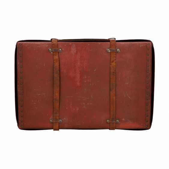 LOUIS VUITTON ANTIQUE travel suitcase, around 1900. - photo 4