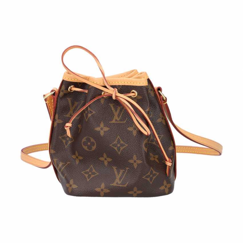"""LOUIS VUITTIM pouch bag """"NANO NOÉ"""", collection 2018. - photo 1"""