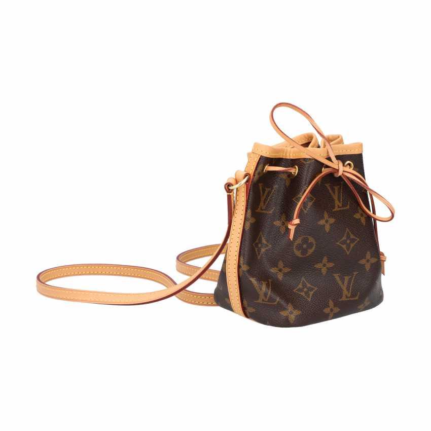 """LOUIS VUITTIM pouch bag """"NANO NOÉ"""", collection 2018. - photo 2"""