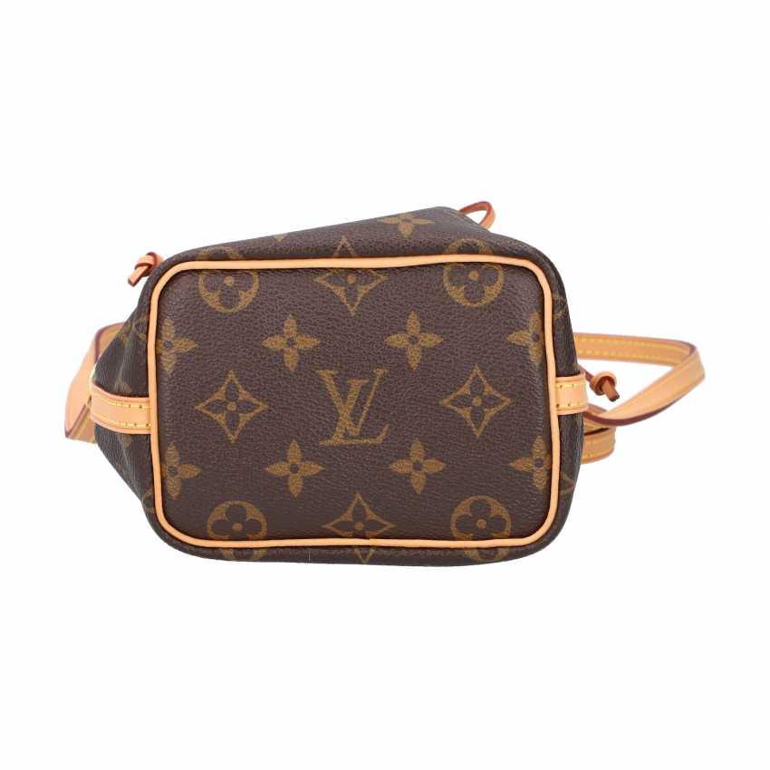 """LOUIS VUITTIM pouch bag """"NANO NOÉ"""", collection 2018. - photo 5"""
