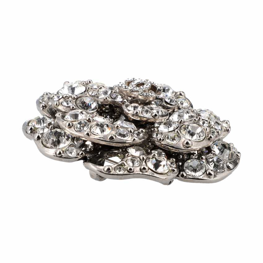 CHANEL brooch, 2011 collection. - photo 3