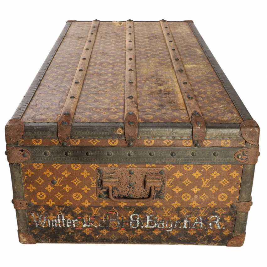 "LOUIS VUITTON antique Truhe / Reisekoffer ""MALLE CABINE TRUNK"". - photo 3"
