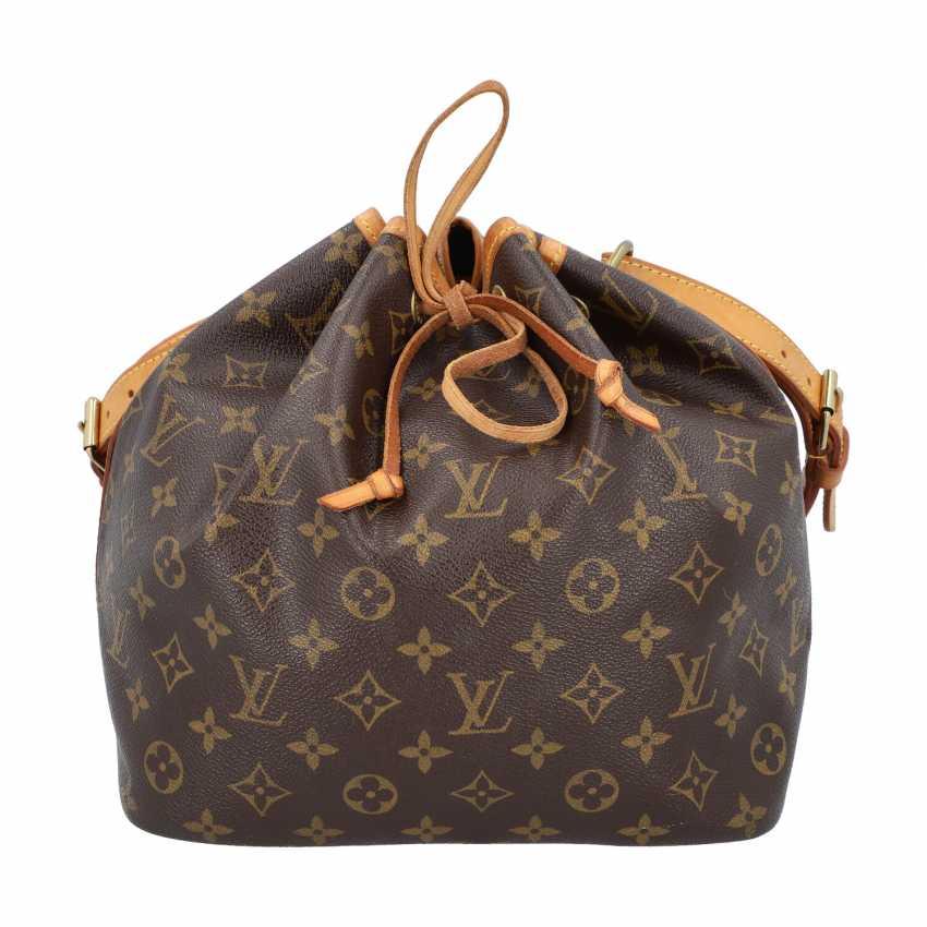 """LOUIS VUITTON pouch bag """"PETIT NOÉ"""", collection: 2001, current new price: € 1,020. - photo 1"""