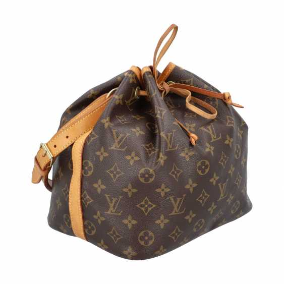 """LOUIS VUITTON pouch bag """"PETIT NOÉ"""", collection: 2001, current new price: € 1,020. - photo 2"""