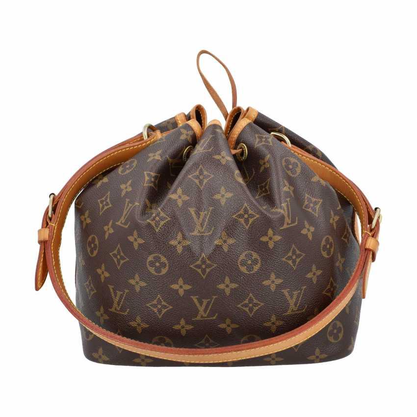 """LOUIS VUITTON pouch bag """"PETIT NOÉ"""", collection: 2001, current new price: € 1,020. - photo 4"""